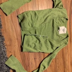 Green Abercrombie and Fitch cardigan